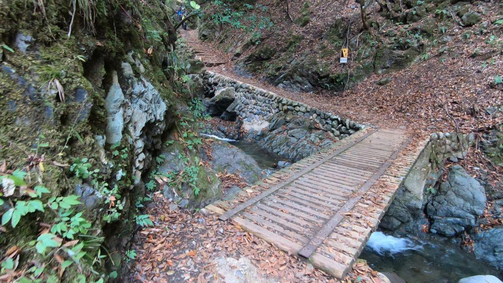 GH011921-1024x576 落差98メートル!兵庫県一の落差を誇る紅葉の天滝へツーリング旅!