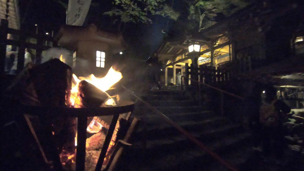 GH011976-1024x576 京の奥座敷 紅葉ライトアップの貴船神社へ訪れました!