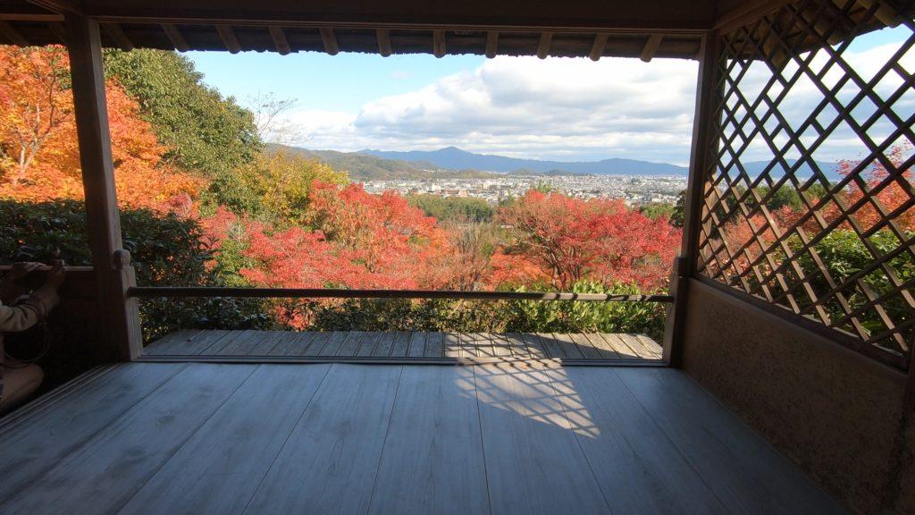 GH012026-1024x576 京都 紅葉の嵐山カメラ&観光おすすめの散策スポット ( 2019年 京都の秋、嵐山の綺麗な紅葉景色が見れる写真スポット・アクセス情報や交通手段など!)