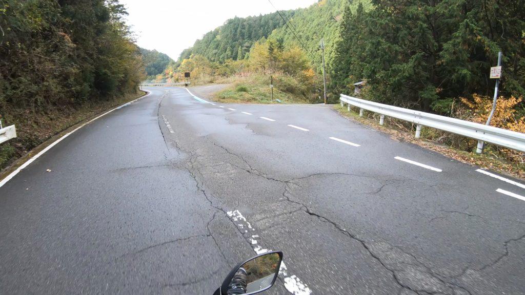 GX011834-1-1024x576 秋におすすめ!紅葉の高野大滝と龍神スカイラインへバイクツーリング旅!