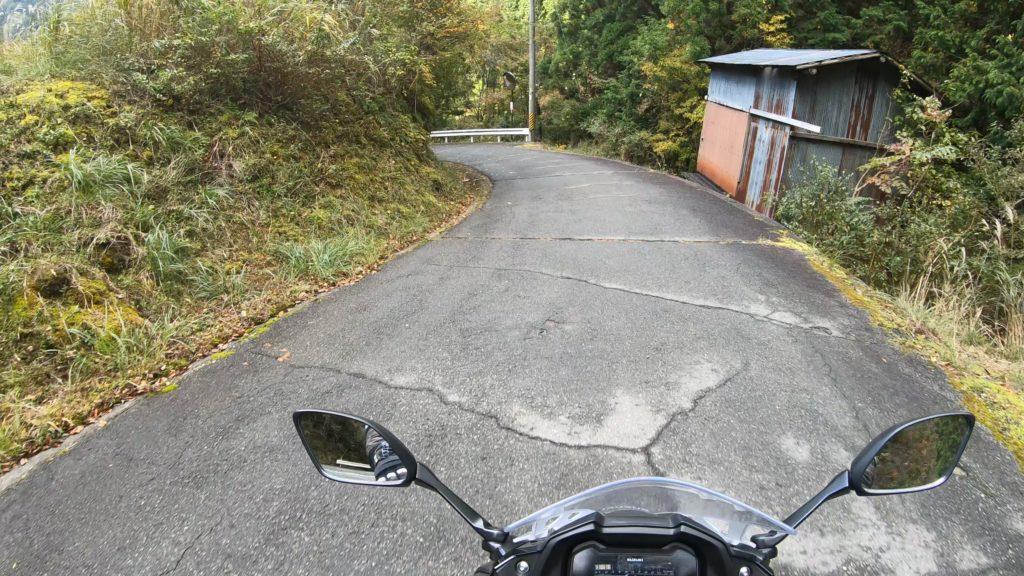 GX011834-2-1024x576 秋におすすめ!紅葉の高野大滝と龍神スカイラインへバイクツーリング旅!