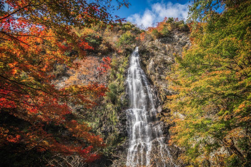 c03c3ca1654b0f1bbe168c3cfa7f98cb-1024x682 落差98メートル!兵庫県一の落差を誇る紅葉の天滝へツーリング旅!