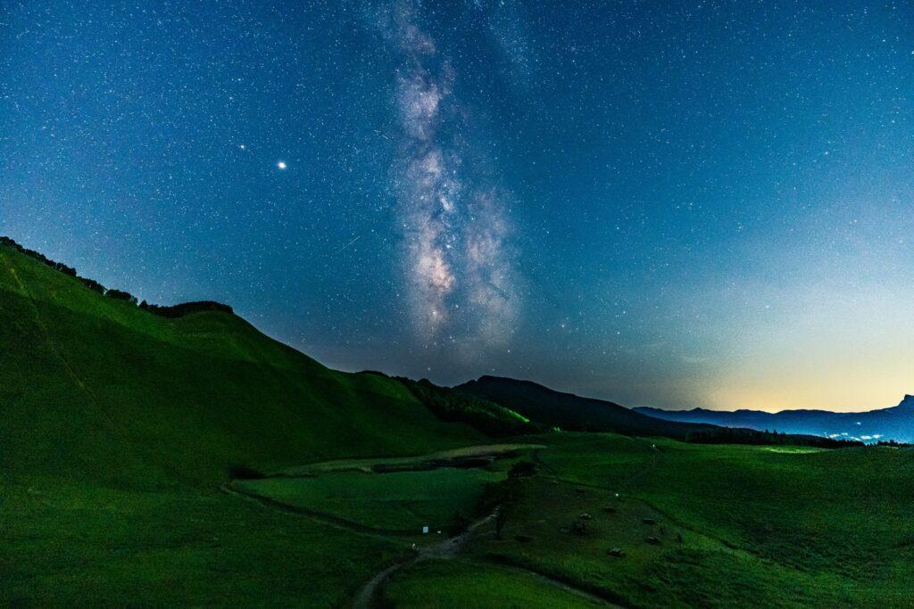 3754856_m-1024x683 奈良  曽爾高原(青空と星空・天の川の美しい景色がおすすめのスポット!写真の紹介やアクセス情報など)