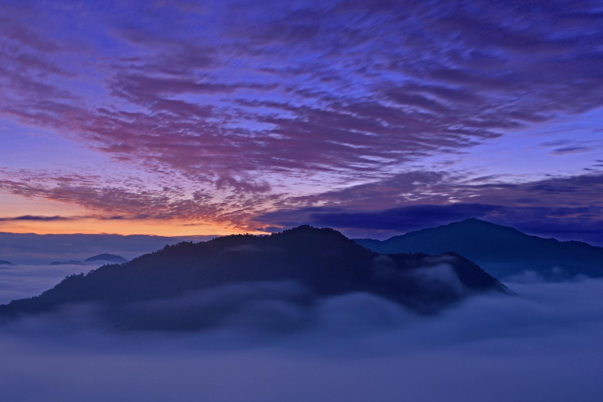 3921890_m 兵庫県 竹田城(雲海に包まれる秋におすすめの絶景写真スポット!アクセス情報や雲海の発生条件など)
