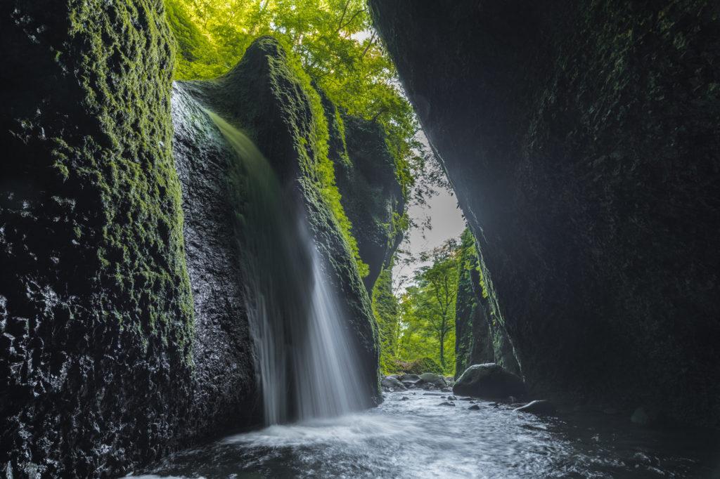 DSC2309-1-1024x682 兵庫県 シワガラの滝 ( 兵庫県の夏、新緑の時期におすすめの絶景滝写真スポット・アクセス情報や撮影ポイントなど!)