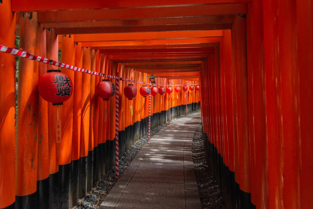 DSC_2902-1024x684 京都  伏見稲荷大社(京都の夏、新緑の時期におすすめスポット!写真の紹介やアクセス情報やなど)