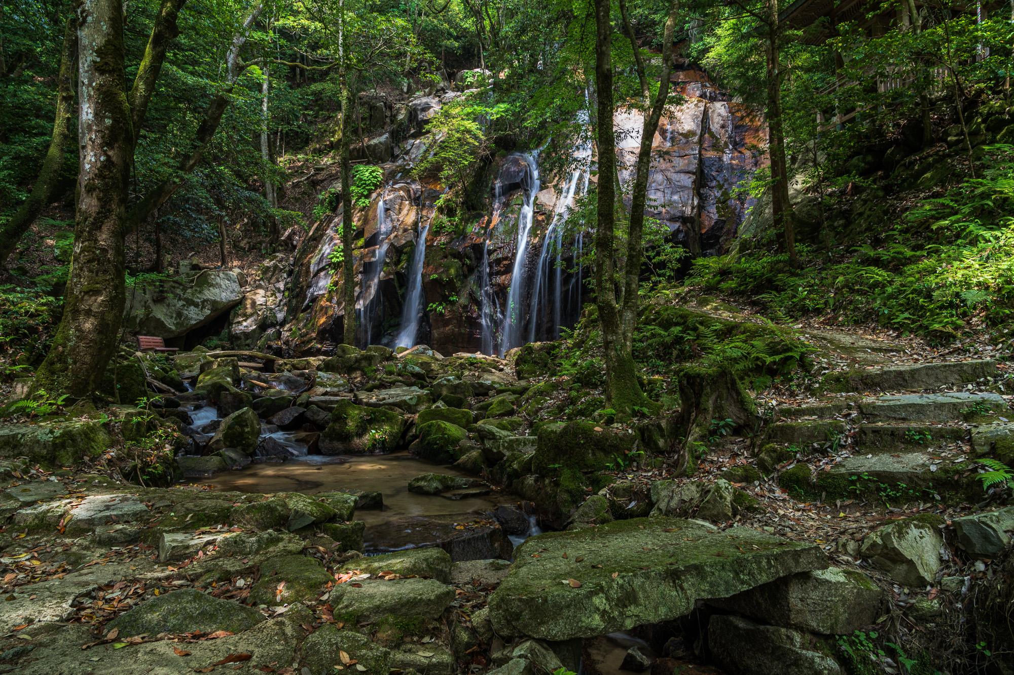 DSC04604-Edit 京都 金引の滝(日本の滝百選に選定された秘境の滝スポット!写真の紹介、アクセス情報など)