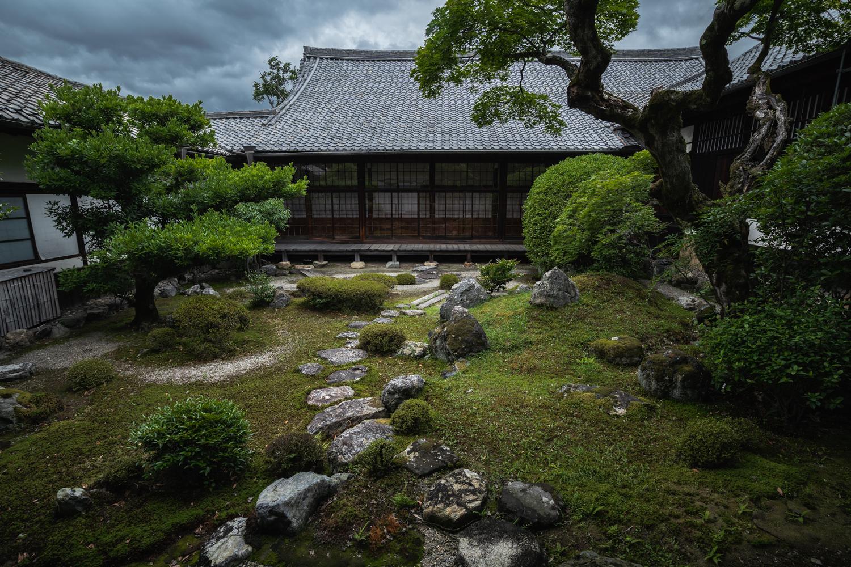 DSC07100 京都  醍醐寺(京都の夏、新緑のおすすめ写真スポット!撮影した写真の紹介、アクセス情報や交通手段など)