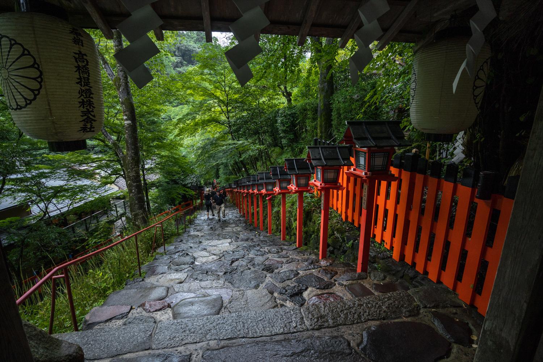 DSC09355 京都  貴船神社 ( 京都の夏、新緑のおすすめ写真スポット・アクセス情報や交通手段、撮影ポイントなど!)