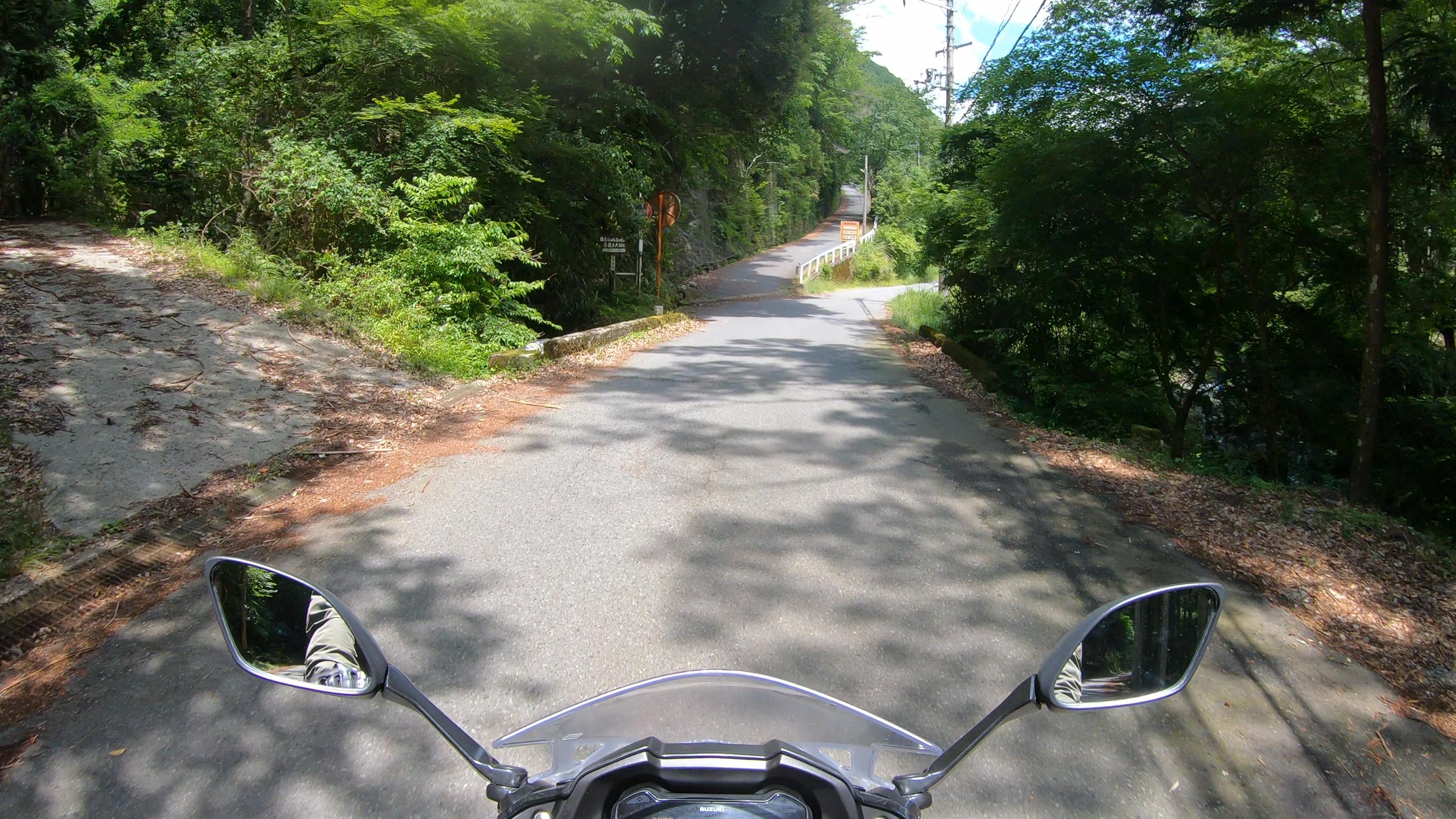 GX012413-2 奈良県  和佐羅滝 ( 奈良県の夏、新緑の時期におすすめの滝写真スポット・アクセス情報や撮影ポイントなど!)