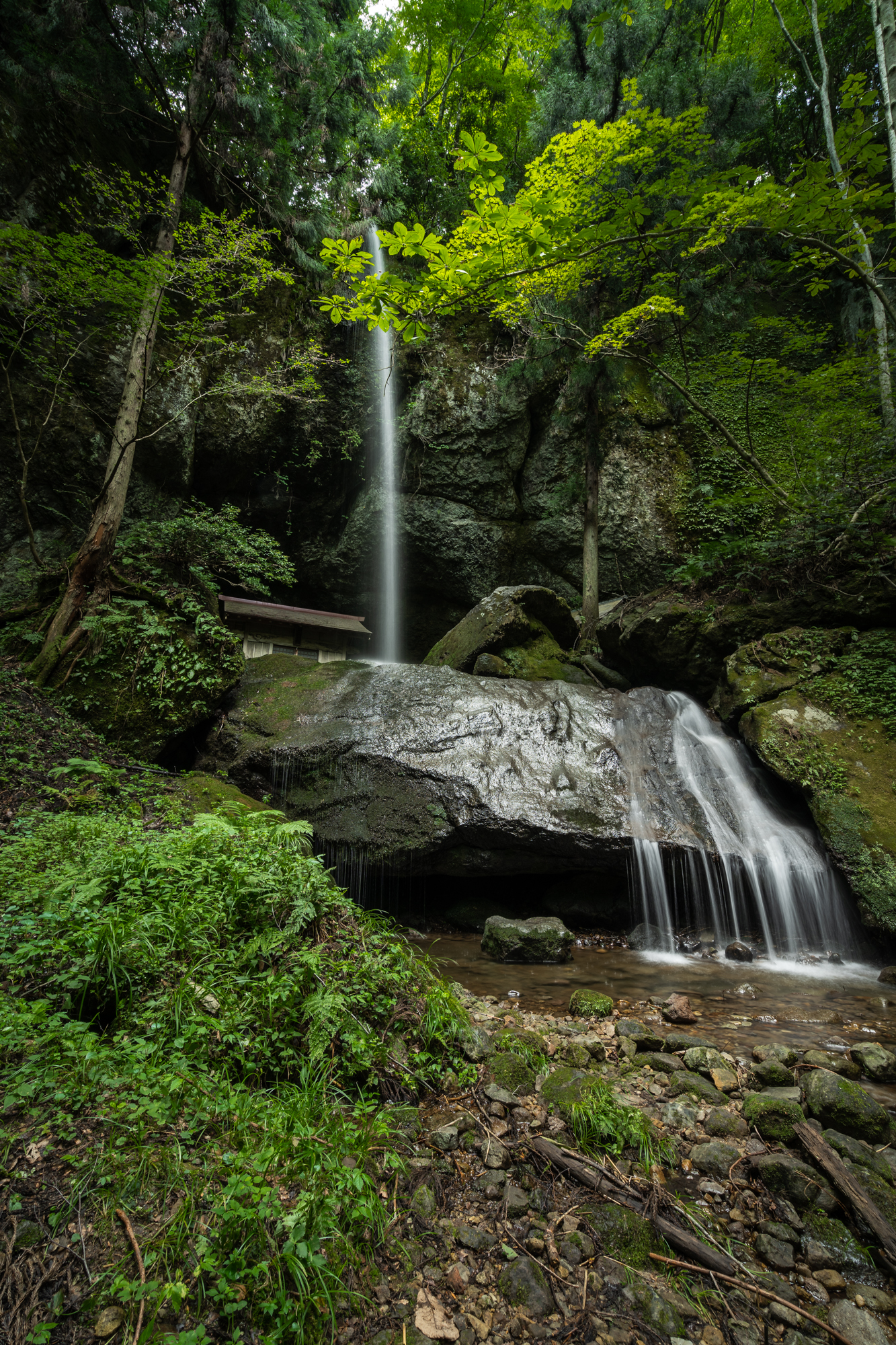 DSC01017 兵庫県 吉滝(滝と神社の幻想的な景色!  関西・近畿・兵庫県の滝スポット!撮影した写真の紹介、 アクセス情報や撮影ポイントなど!)