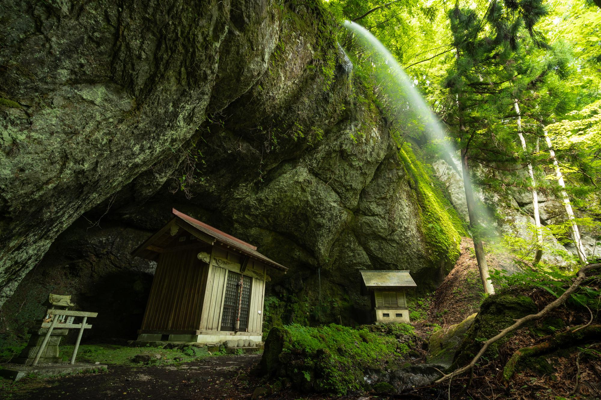 DSC01044 兵庫県   吉滝 (駐車場から徒歩約5分!  関西・近畿・兵庫県の滝スポット! アクセス情報や撮影ポイントなど!)