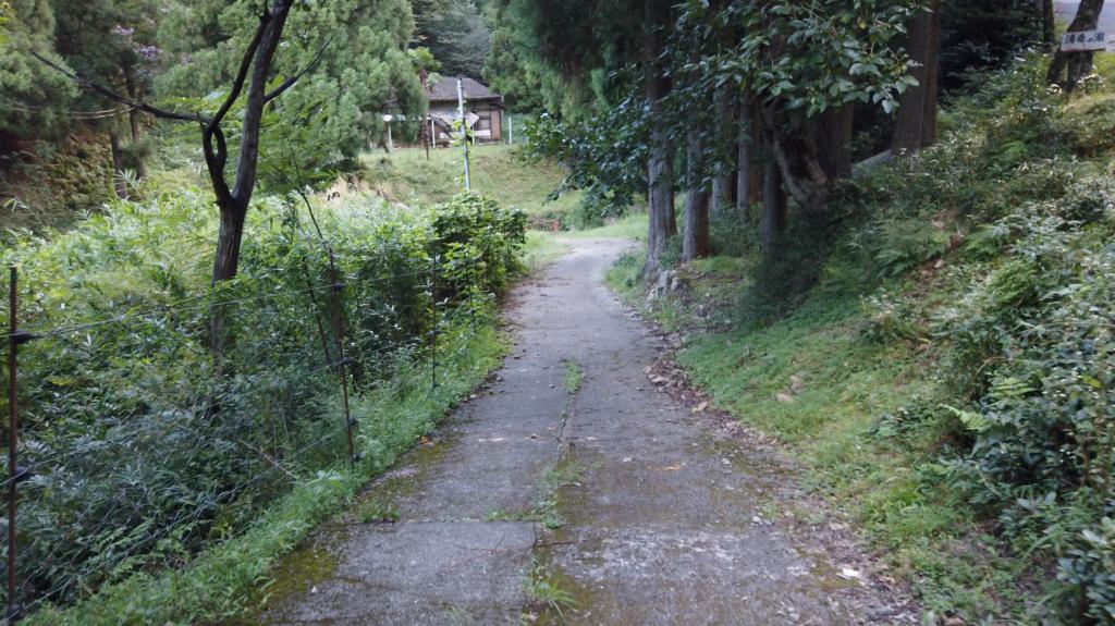 0cad9ecf93020dc14e466085afbd2247-1024x575 兵庫県 清竜の滝( 駐車場から歩いて5分! 関西・近畿・兵庫県の滝スポット!撮影した写真の紹介、 アクセス情報や撮影ポイントなど!)