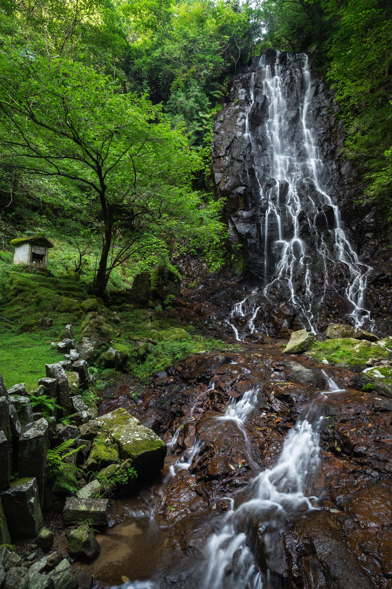 DSC01607 京都府    霧降りの滝 ( 京都の丹後半島観光におすすめ! 滝が観れる撮影スポット! アクセス・駐車場情報や撮影ポイントなど!!)