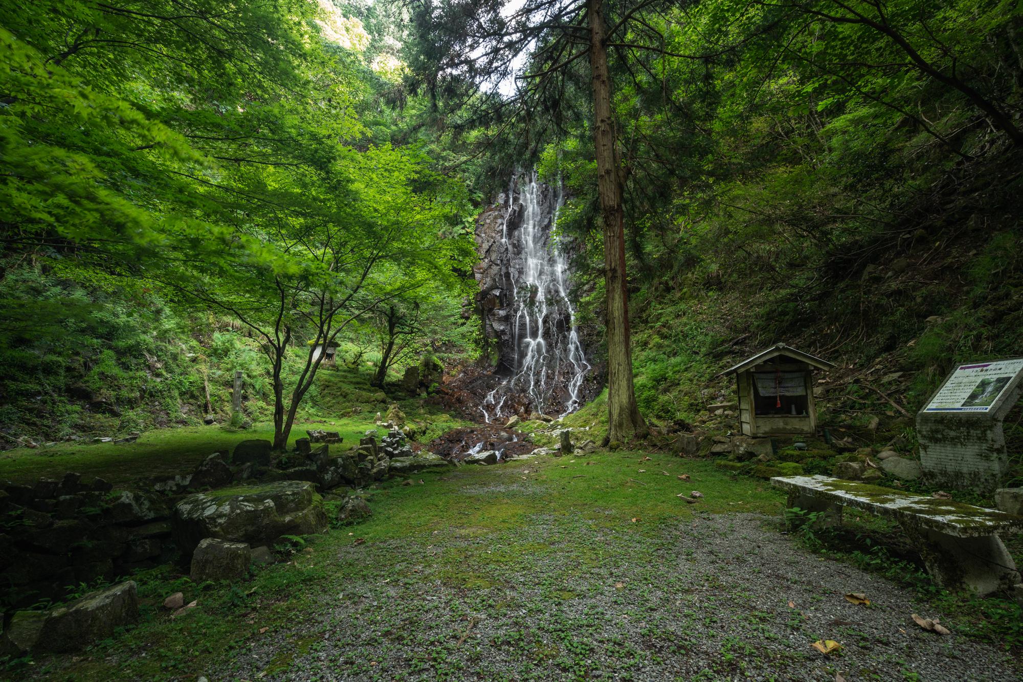 DSC01620 京都府    霧降りの滝 ( 京都の丹後半島観光におすすめ! 滝が観れる撮影スポット! アクセス・駐車場情報や撮影ポイントなど!!)
