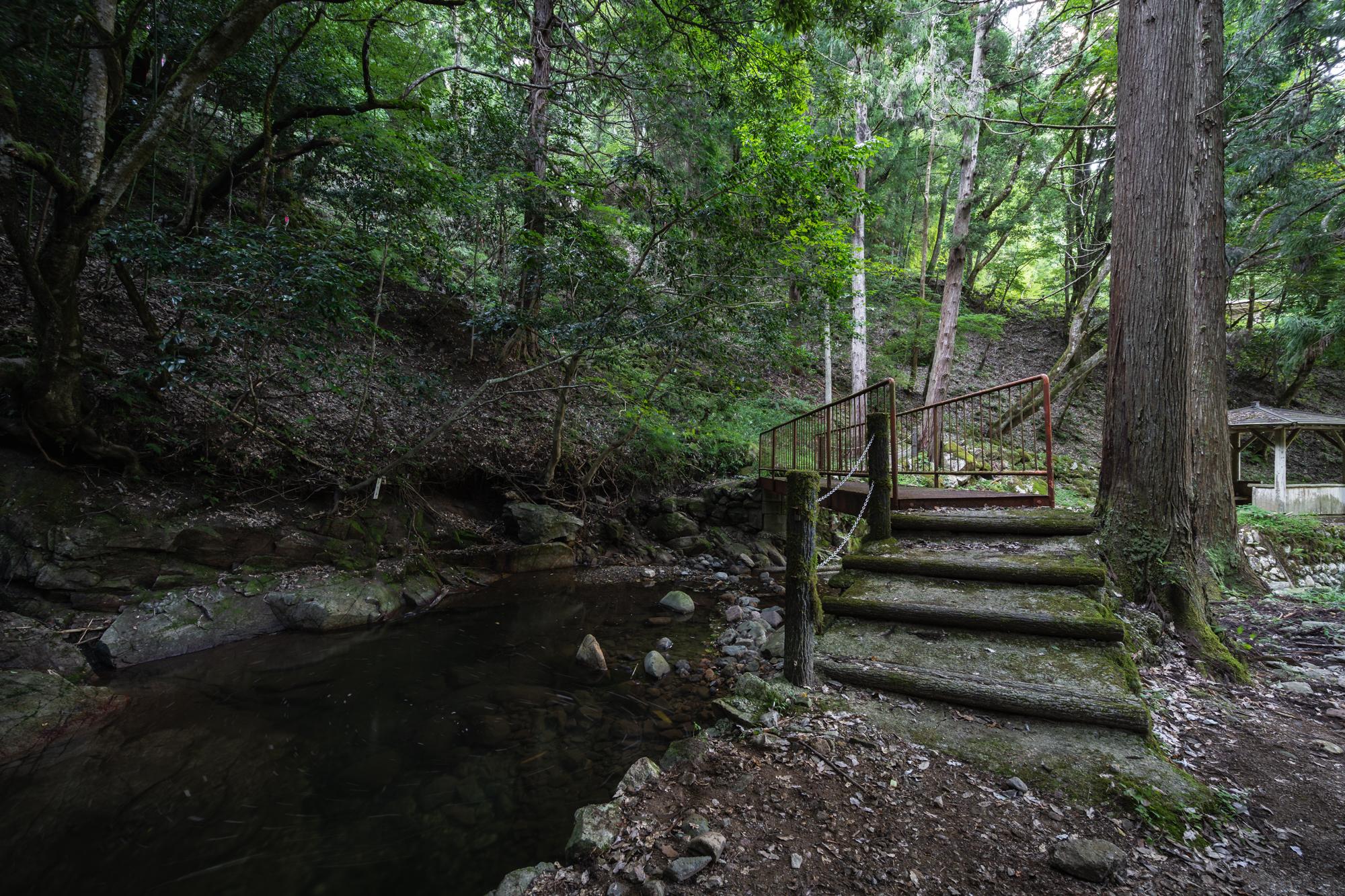 DSC01639 兵庫県   清竜の滝 ( 駐車場から歩いて5分! 関西・近畿・兵庫県の滝スポット! アクセス情報や撮影ポイントなど!)