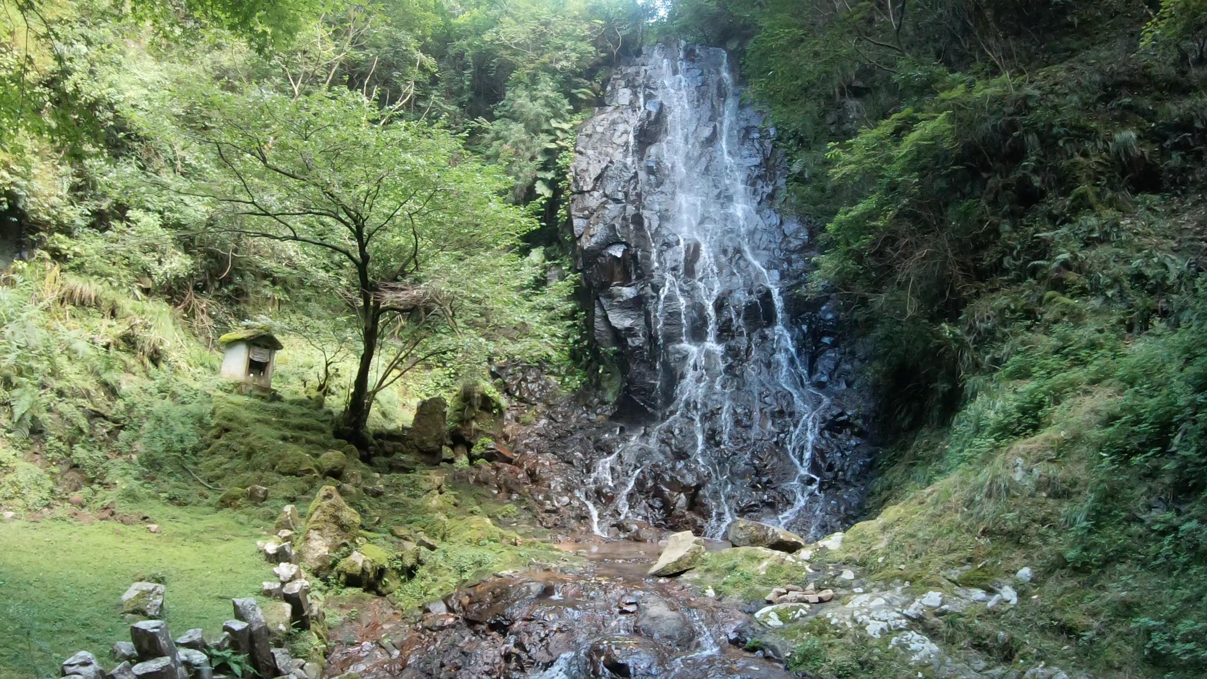 c774f001531dda21fb9e61b848a857cc 京都府    霧降りの滝 ( 京都の丹後半島観光におすすめ! 滝が観れる撮影スポット! アクセス・駐車場情報や撮影ポイントなど!!)