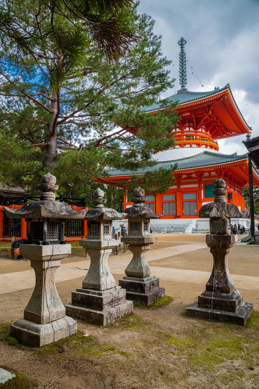 NIKON-CORPORATION_NIKON-D85020799 和歌山県  高野山  Wakayama Mount Koya (2019年 関西でいち早く紅葉が見れるスポット! 関西・近畿・和歌山県の紅葉写真スポット! アクセス情報や撮影ポイントなど!)