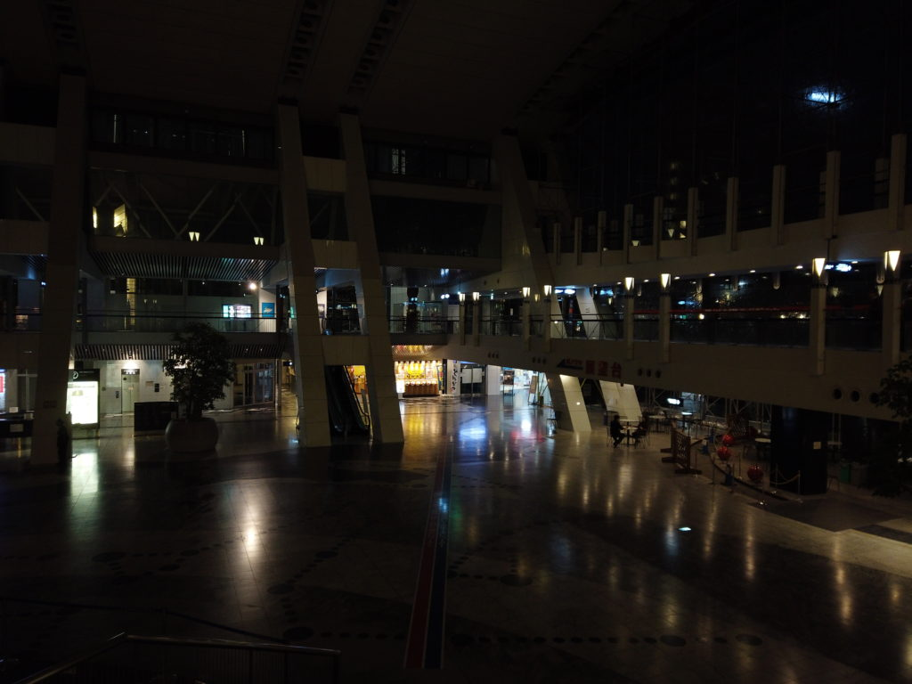 DJI_0592-1024x768 大阪  咲洲庁舎展望台・コスモタワー (大阪港と大阪の街を一望できる夜景にもおすすめの写真スポット!撮影した写真の紹介、アクセス情報や交通手段などまとめ!)