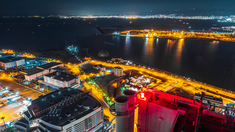 DSC02447 大阪  咲洲庁舎展望台・コスモタワー (大阪港と大阪の街を一望できる夜景にもおすすめの写真スポット!アクセス情報や交通手段などまとめ!)