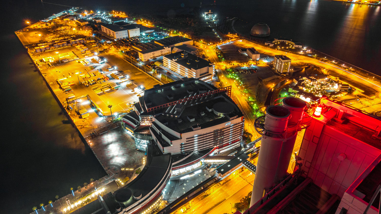 DSC02450 大阪  咲洲庁舎展望台・コスモタワー (大阪港と大阪の街を一望できる夜景にもおすすめの写真スポット!撮影した写真の紹介、アクセス情報や交通手段などまとめ!)