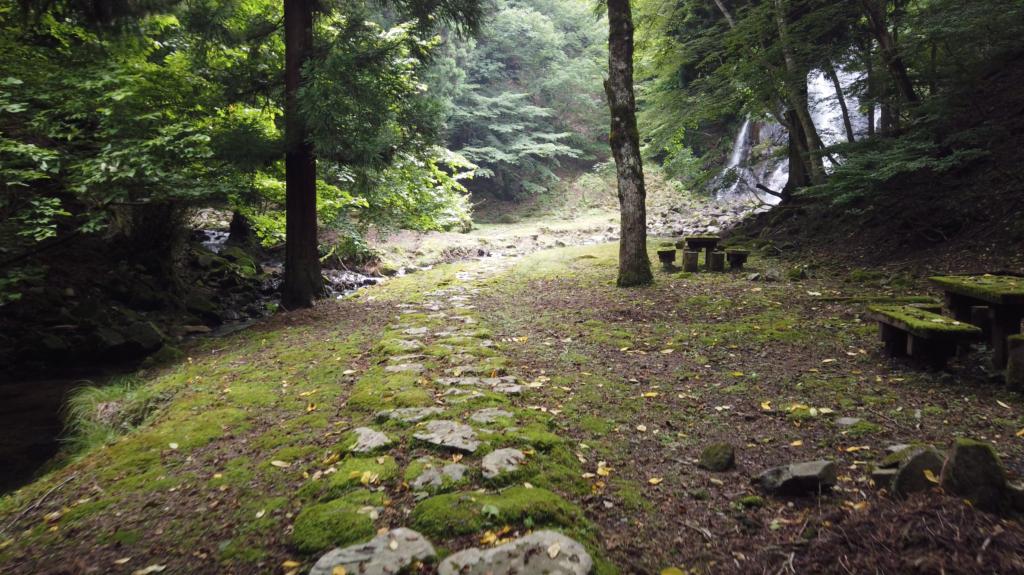 4bce4d868470990b66ff7192a89405b0-1024x575 兵庫県 神鍋渓谷公園 (迫力のある一ツ滝、二ツ滝が見所!新緑の季節におすすめ滝スポット!写真の紹介、アクセスなど)