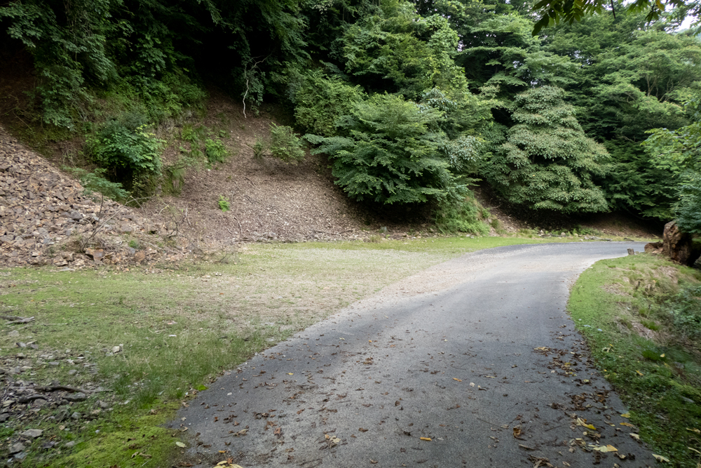 P1012198 兵庫県 神鍋渓谷公園 (迫力のある一ツ滝、二ツ滝が見所!新緑の季節におすすめ滝スポット!写真の紹介、アクセスなど)