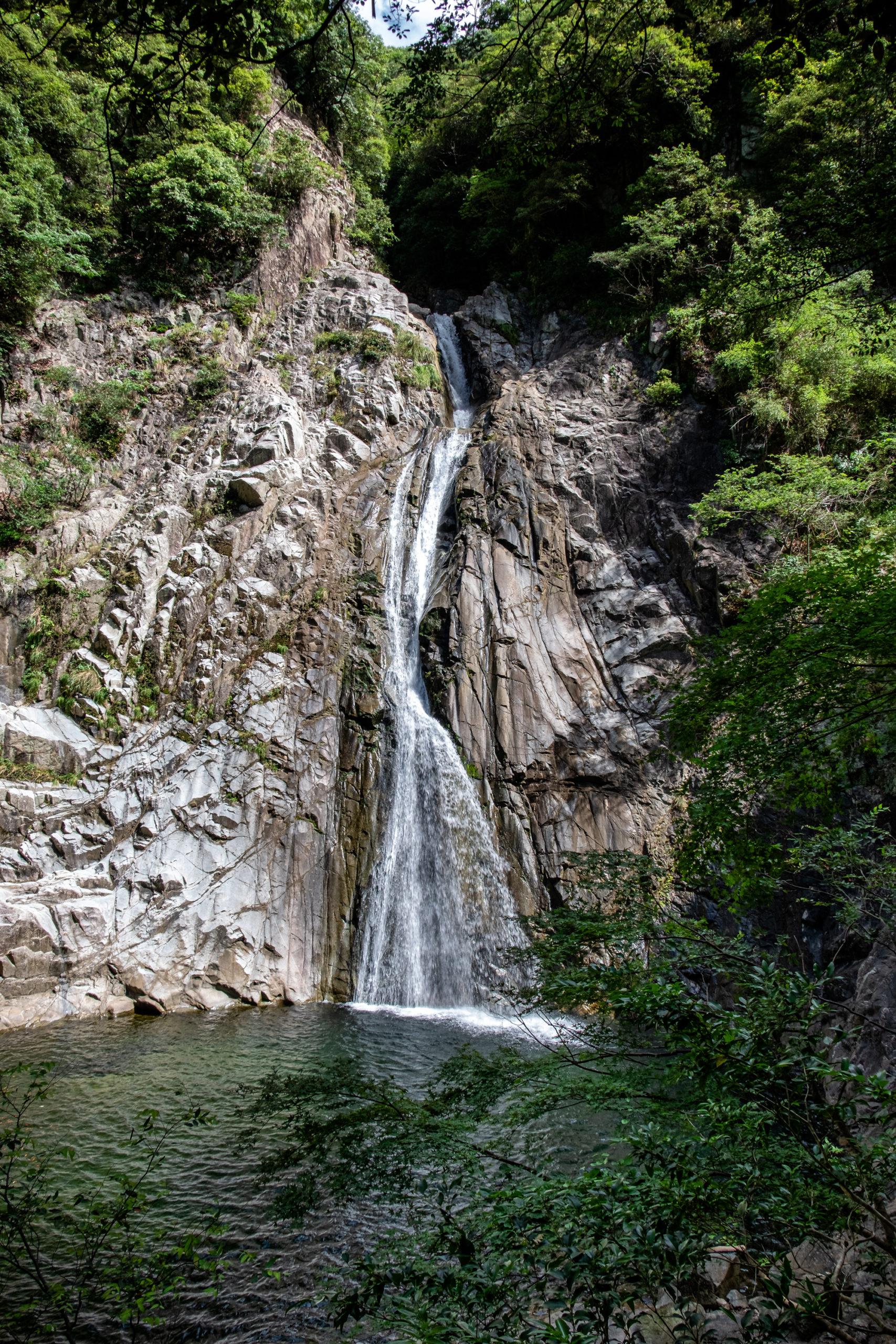 DSCF7158-scaled 兵庫県 布引の滝(新神戸駅から手軽にアクセスできる日本の滝百選の滝スポット! 撮影した写真の紹介、滝までのアクセス情報など)
